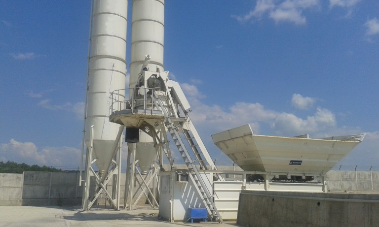 statie-beton-mobila-frumecar-2012-second-hand-06